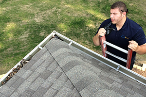 Checking-Gutters